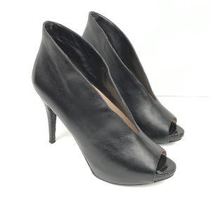 Neiman Marcus Womens Size 7.5 Waverly Black heels